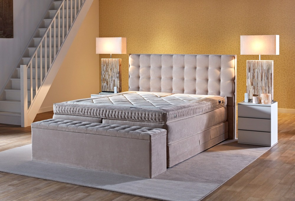 Beige boxspringbett Royal Madison